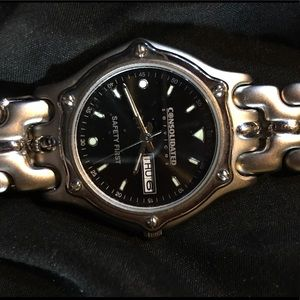Silver consolidated watch